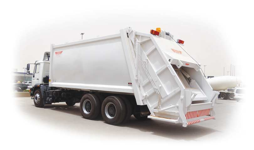 Garbage Truck 32 cu Yards